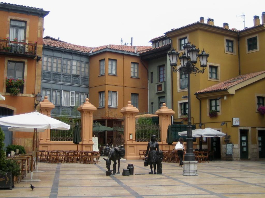 plaza trascorrales oviedo